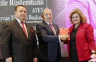 Uluslararası İpekyolu Ödülleri Bakü'de Sahiplerini...