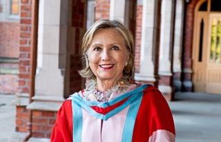 Hillary Clinton, Kuzey İrlanda üniversitesine fahri...