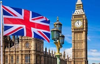 İngiltere, iki ülke büyükelçiliklerindeki personel...