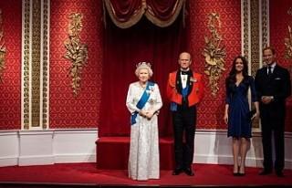 Prens Harry ile eşi Meghan Markle'ın heykelleri...