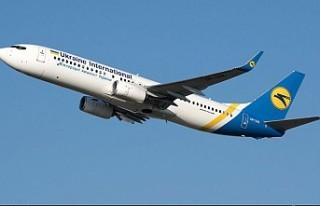 İran'da yolcu uçağı düştü 177 kişi hayatını...