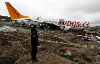 Boeing, Pegasus'un pistten çıkan uçağıyla...
