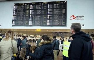 Brüksel'de Ciara fırtınası nedeniyle 60 uçuş...