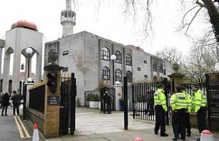 Londra'da müezzini bıçaklayan saldırgan tutuklandı