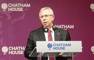 Mansur Yavaş, Londra'da Chatham House'da...