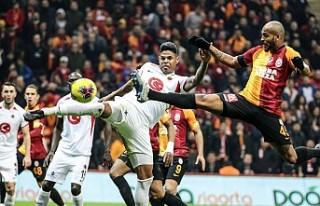 Galatasaray 3 Gollü Galibiyeti Sürdürdü