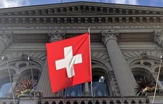 İsviçre'de bir günde 841 yeni tip koronavirüs...