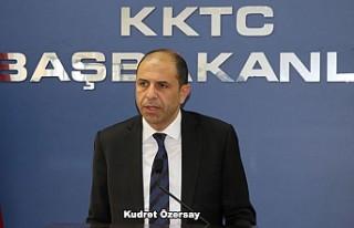 İngiltere'deki Kıbrıslı Türklere KKTC'den...