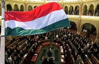 Macaristan'da Cinsiyet Değiştirmek Kanunla...