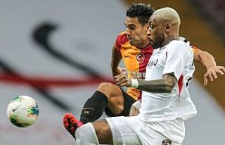 Galatasaray Dönüş Yaptı Ama Yetmedi
