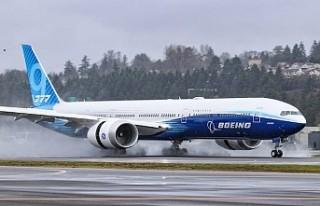 Boeing, 777X geniş gövdeli yeni uçaklarını 2021'de...