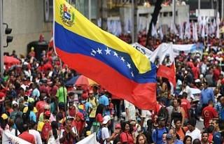 İngiltere, Venezuela hükümetine altınlarını...