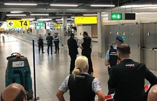 Hollanda, Türkiye'den dönenler için karantinayı...