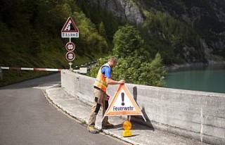 İsviçre'de kanyonda 3 İspanyol turist ölü...