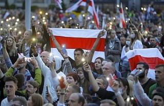 İngiltere, Belarus'a AB'den bağımsız...