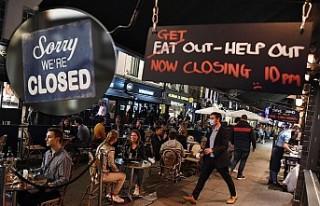 İngiltere'de Bar Ve Restoranlar Kepenk İndirdi