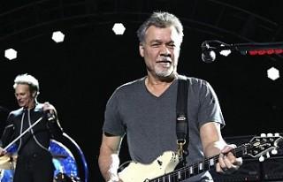 Gitarist Eddie Van Halen hayatını kaybetti