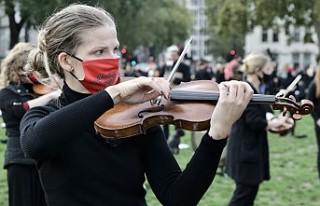 Müzisyenler Koronavirüs Önlemlerine Karşı Meydana...