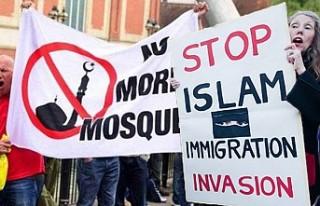 İngiltere'de Korkutan 'İslamofobi'...