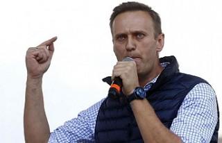 İngiltere, Rus Muhalif Lider Navalnıy'ın Sağlığından...
