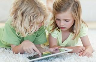 Tablet Ve Telefon, Sık Kullanan Çocuklarda Göz...