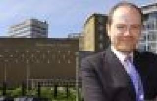 BBC Genel Müdürü Thompson görevinden ayrılacak