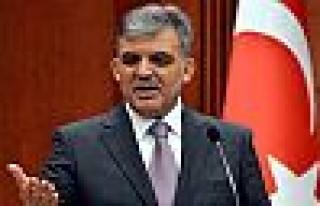 Cumhurbaşkanı Gül'ün 'Yasa' hassasiyeti