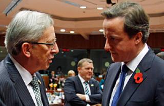 David Cameron'dan Juncker'e kutlama