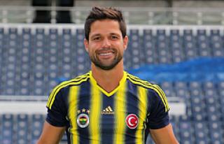 Diego Ribas Fenerbahçe forması ile sahada