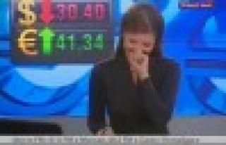 Rus televizyon sunucusu yayında gülme krizine girdi