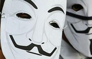 İnternetteki gizli kimlikleri ifşaya 4 milyon ruble...