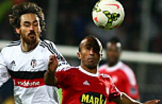 Sivas'ı deviren Beşiktaş, Ankara'dan lider dönüyor