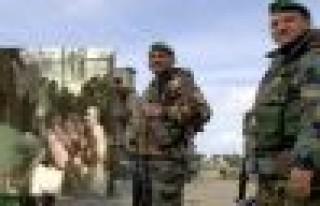 Suriye askerlerinden meydan işkencesi