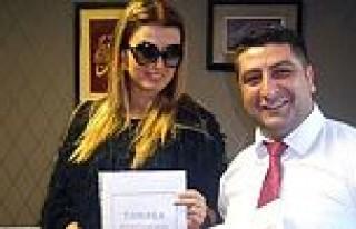 Tuğba Özay 'Ermeni kızı' oluyor