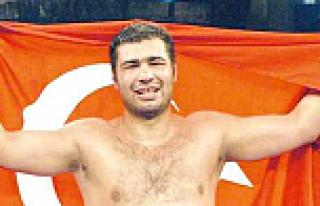 Ünlü boks şampiyonu hayatını kaybetti