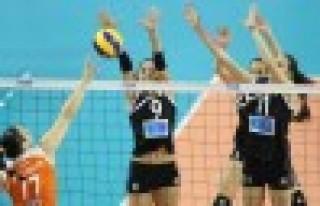 Vakıfbank Bayan Voleybol takımı finalde
