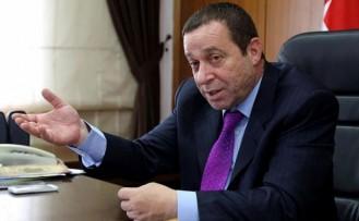 Serdar Denktaş istifasını sosyal medyadan duyurdu