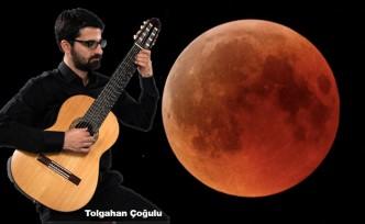 Türk gitarist Ay'a Seyahat Edecek!