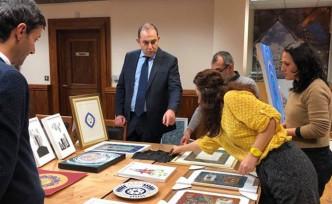 Londra, 'İkinci Türk Toplumu Sanat Sergisi'  için başvurular başladı