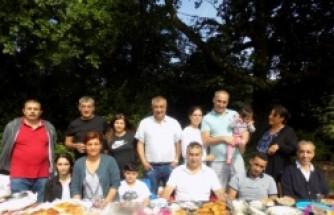 Bozca-Der Üyeleri Geleneksel Piknikte Buluştu