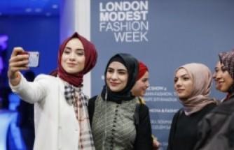 Londra Muhafazakar Moda Haftası, Modanisa