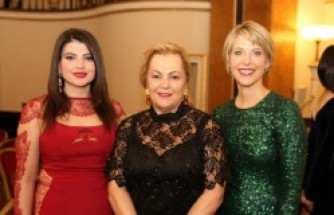 İngiltere Azerbaycan Kadınlar Birliği (AWAUK) FIWAL Galası