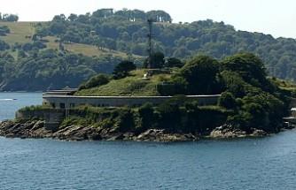 İngiltere'de tarihi Drake Adası 7,8 milyon dolara satışa çıkarıldı