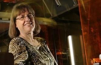 Nobel Fizik Ödülü 55 yıl sonra ilk kez bir bilim kadınına verildi