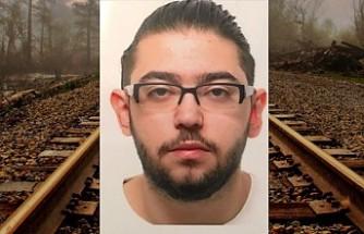Almanya'da raylara düşen kişiyi kurtaran Türk genci öldü