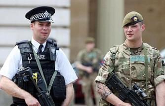 İngiltere ordusu Brexit için alarmda