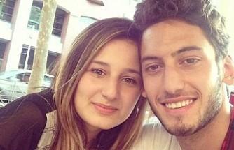 Hakan Çalhanoğlu eşiyle barıştı