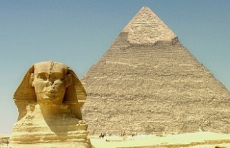 Mısır'da 'piramitte sekse' soruşturma