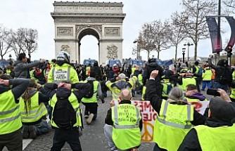 Sarı yelekliler eylemleri: Fransa Başbakanı'ndan 'birlik' mesajı