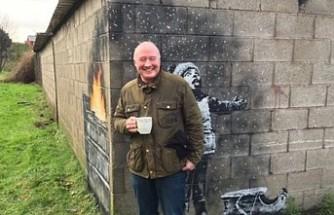 Banksy'nin garajın duvarına yaptığı resmi 100 bin sterline satın aldı